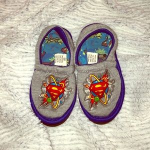🚀Toddler SLIPPERS with Non-Slip Outsole💙size:25